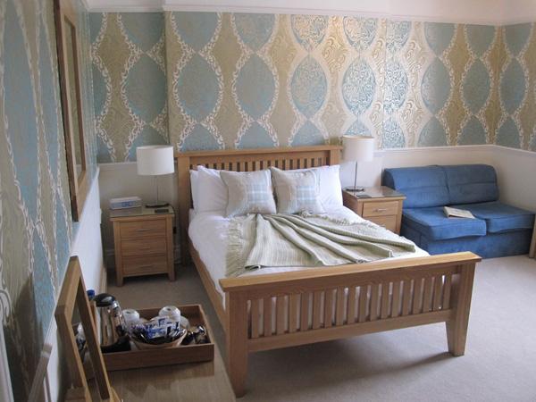 Room 7(1) 600